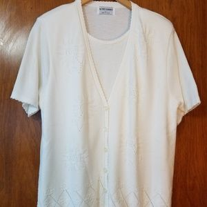 Alfred Dunner Short Sleeved Sweater, size L